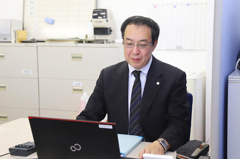 Minoru Uchida 内田 穣